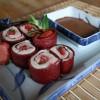 Sushis dessert à la fraise (cuir de fruit de fraise)